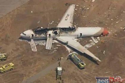 韩亚航空波音777客机在旧金山降落时失事